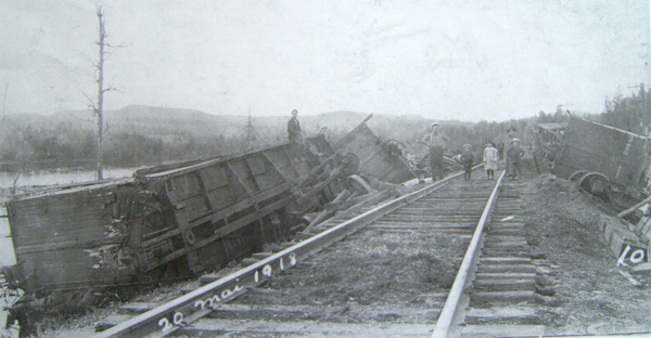 2013-08-01-accident_ferroviaire1918.jpg