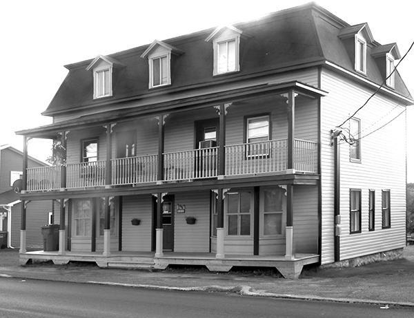La plus ancienne maison de Disraeli.(1869-2014)