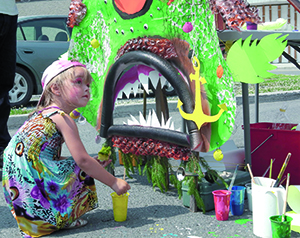 Le Monstre du lac (arts de la rue), 12 juillet (photo : gracieuseté )