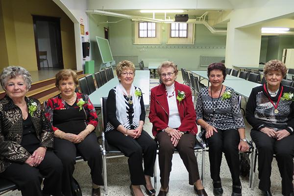 Jeannette Fréchette 60 ans, Yvette Labrecque 55 ans, Lucille Lachance 25 ans, Rita Allaire 55 ans, Ginette Lehoux 55 ans, Cécile Baron 65 ans Photo par Colette B. J
