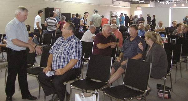 À la conférence de l'ARLA, une foule nombreuse avide de mieux comprendre les problèmes du lac Aylmer